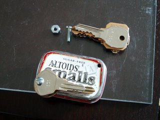 Keys and an Altoids Tin